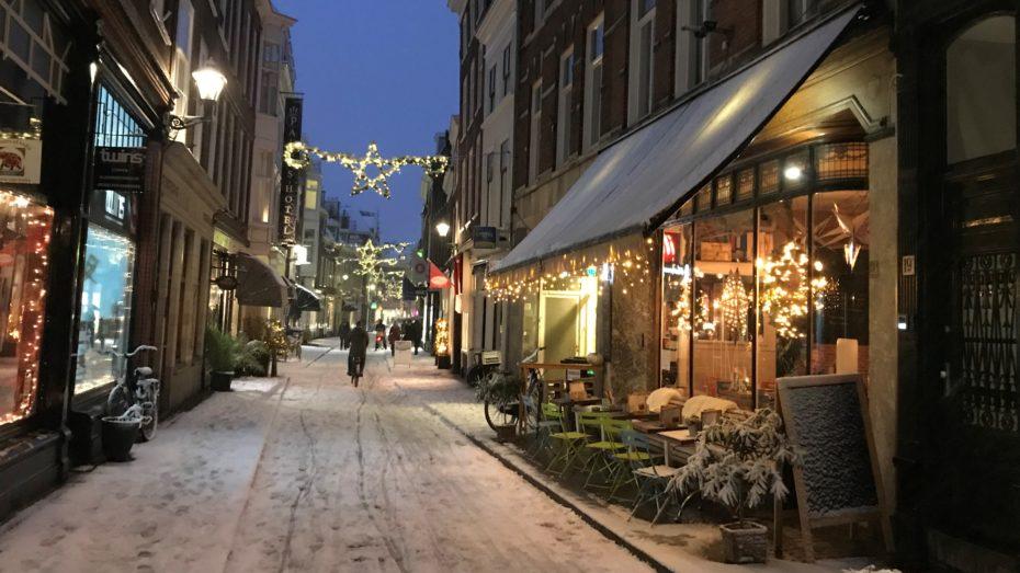 sneeuw Bij HeM